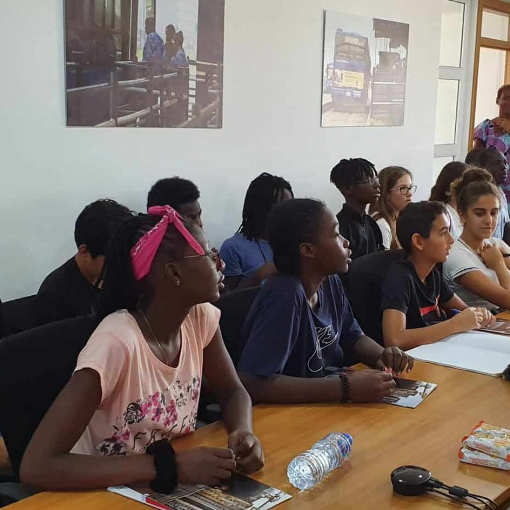 Visit of 4è Students to the French Development Agency 2